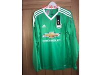 Brand new man united long sleeve shirt age 15/16