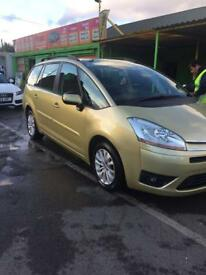 Quick sale cetroen c4 grand picasso 7 seater low mileage lady owner