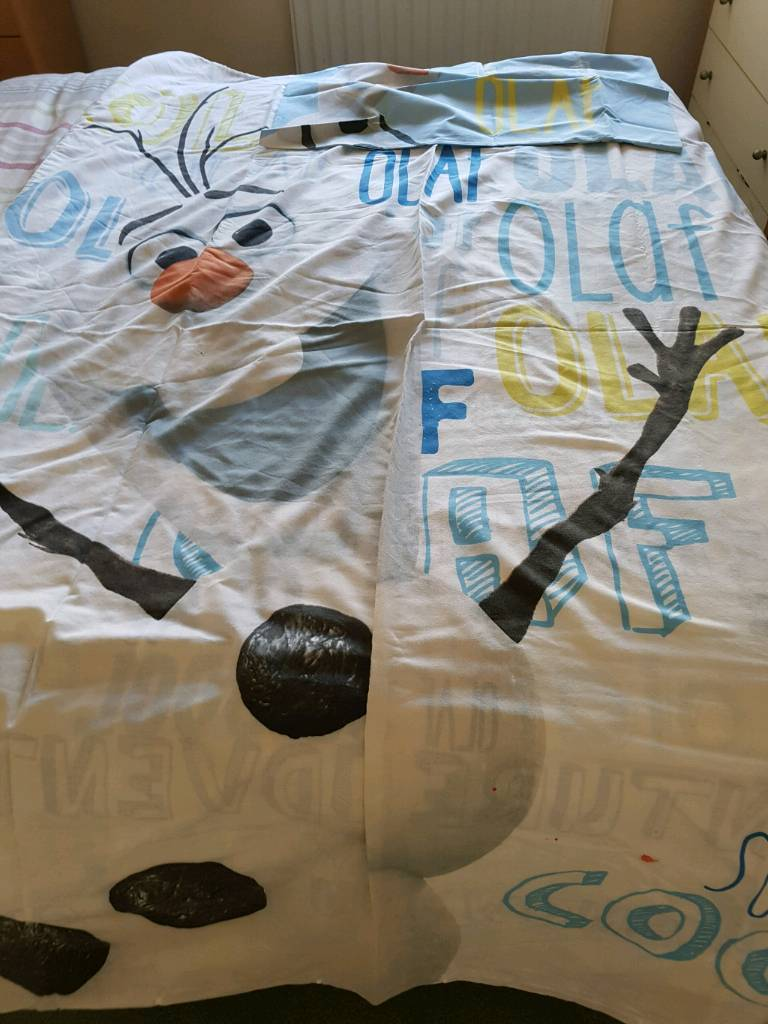olaf single quilt cover and soft toy