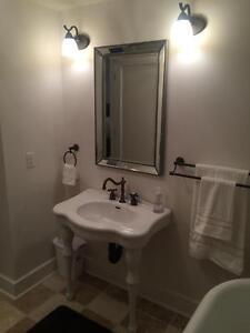 EXECUTIVE fully furnished custom built 4 bedroom 2 bath suite Regina Regina Area image 10