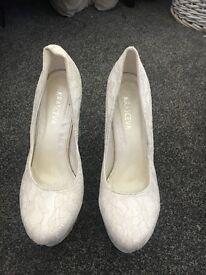 White/wedding shoe