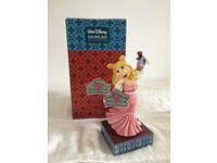 "Disney Traditions Miss Piggy ""Diva Moi?"" Figurine"