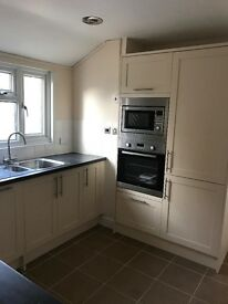 4 Bed Detached House to Rent in Clapham