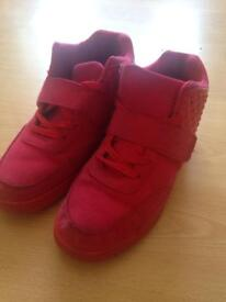 Boys shoes size 7
