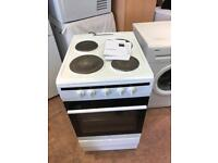 Electric cooker only 3 months old £99 delivery available