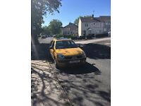 1.2 Gold Renault Clio, great first car!