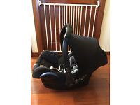 Maxi Cosi Car Seat + iCandy Apple Stroller