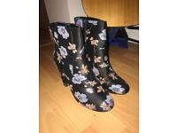 Black floral ankle boot size 8