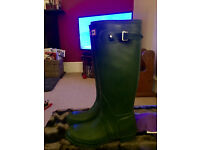 Women's Hunter Classic Green Wellies, Size 7 Barely used, £20