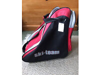 Bauer Ice Hockey Skates with Red Ski Team bag, UK Size 4, never-used with tags