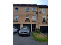 Double Room in house share - Kirkstall/Armley area