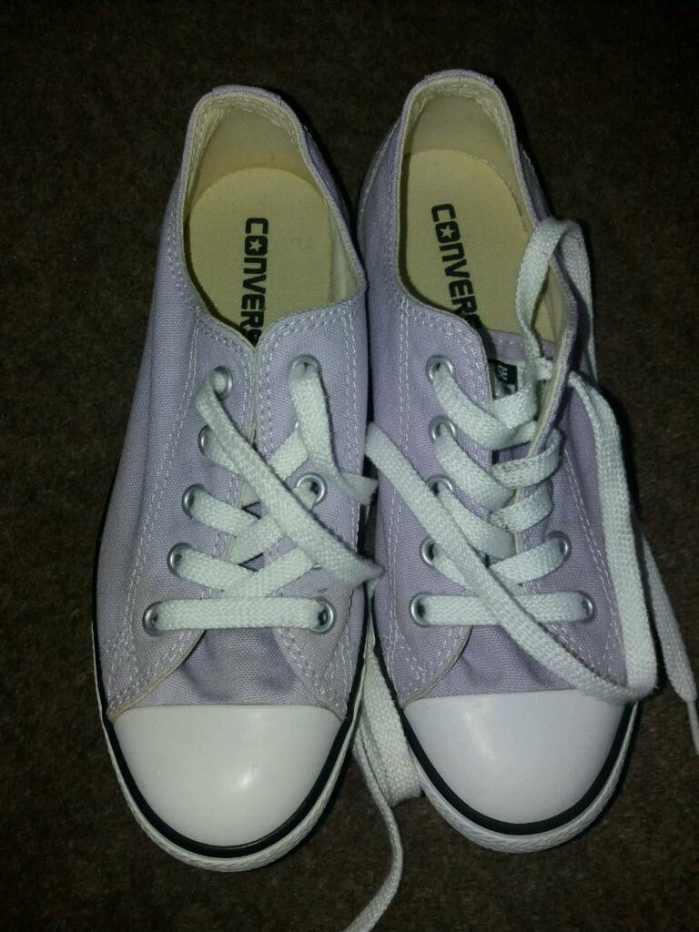Girls genuine CONVERSE shoes / trainers size 3. Lilac white