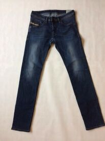 Diesel Mens Dark Blue Jeans Size: W30 L32 Style: Belther