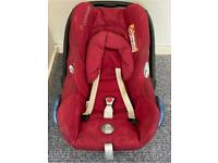 Maxi.Cosi baby car seat including push chair attachable parts