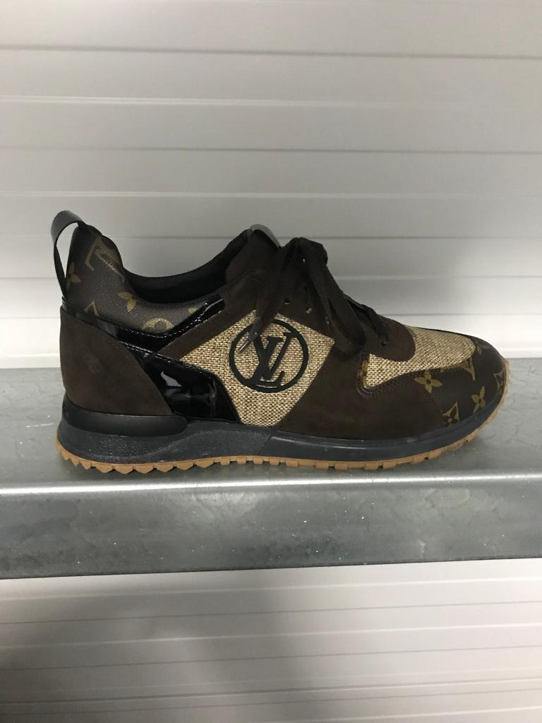 734b2c9c9b5e Men s Louis Vuitton Trainers.