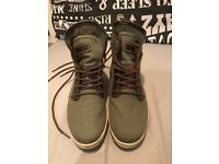 """Mens Timberland Shoes Dark Green & Brown Size """"7"""" Excellent condition!"""