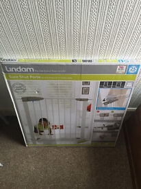 Lindam Sure Shut No Drill Pressure Fit Safety Gate - 76 cm minimum to 82 cm maximum fit