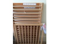 Small cot / pine