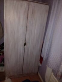 Solid pine wardrobe. Good condition. W 865mm (2ft 10in), H 1825mm (6ft), D 545mm (1ft 9.5in).