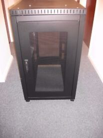 New TOWEREZ PREBUILT 18U Server Cabinet 600 W x 800 D x 1000 H RRP £341