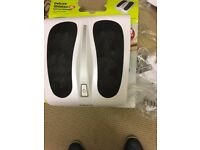 1 Deluxe Shiastsu Full foot massage never used