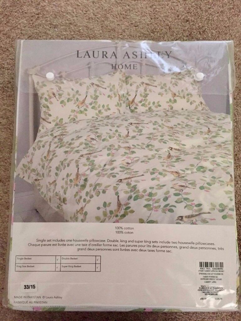 Laura Ashley bird print bed linen in king size with matching throw (2 sets)