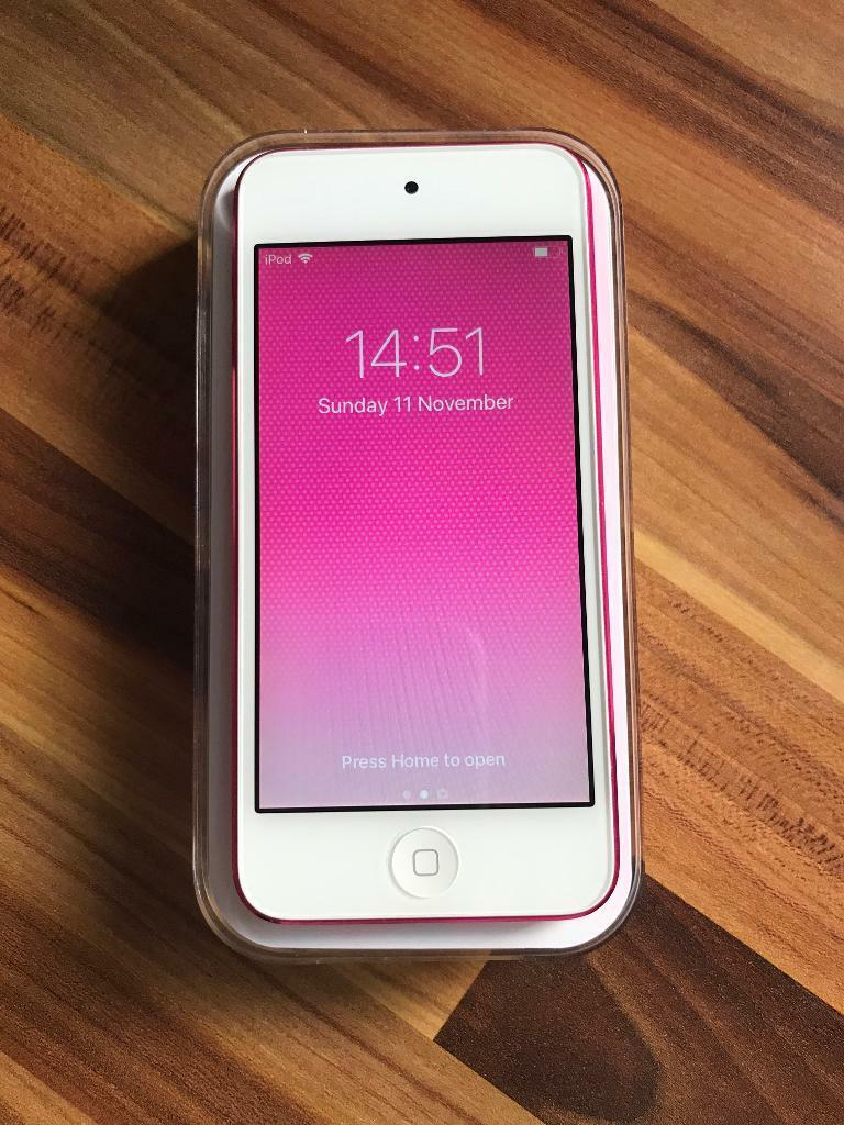 Apple iPod Touch 64GB Pink 2015 6th Generation Model A1574