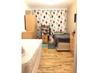 Twin room in a Brand new flat by GYM+Free Parking by Fulham-Richmond-Hammersmith-Kingston