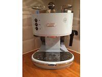 DeLonghi Vintage Icona coffee machine (pastel blue)