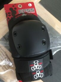 Knee Pads Triple 8 Capped- Brand New