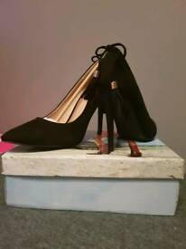New in Box Black Faux Suede Stilettos Court Shoes Size 6