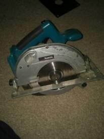 Makita BSR730 circular saw plus charger no battery