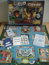 """THE SIMPSONS CLUEDO"" board game with (12 collectable pewter tokens) By Waddingtons 2001. Complete"