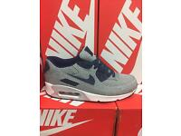NIKE AIR MAX 90. LIMITED EDITION