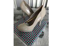 New with box women shoes beige heels