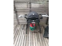 BBQ Weber Q2200 with cover and full gas bottle