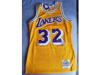 Mitchell and Ness Lakers Magic Johnson swingman Jersey Small Size (tags still on)
