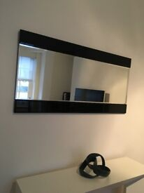 Wall Mirror (in great condition)