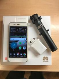 HUAWEI P10 32gb ltd edition GREEN COLOUR ON VODAFONE MINT CONDITION with Accessories Pack worth £120