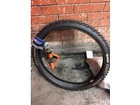 Dirty dan schwalbe tyre 2.35 650b