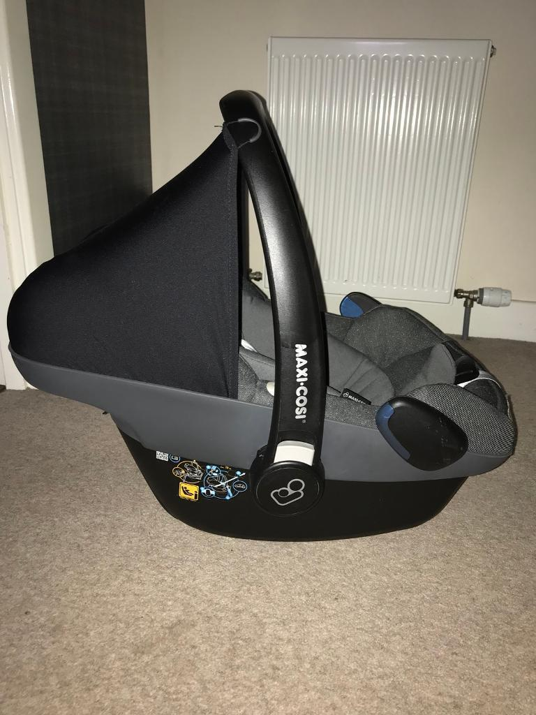 maxi cosi pebble plus isize baby car seat sparkling grey in bucksburn aberdeen gumtree. Black Bedroom Furniture Sets. Home Design Ideas