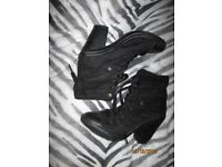 BLACK SUEDE EFFECT LACE UP BOOTS WITH HEEL SIZE 8 WORN A FEW TIMES