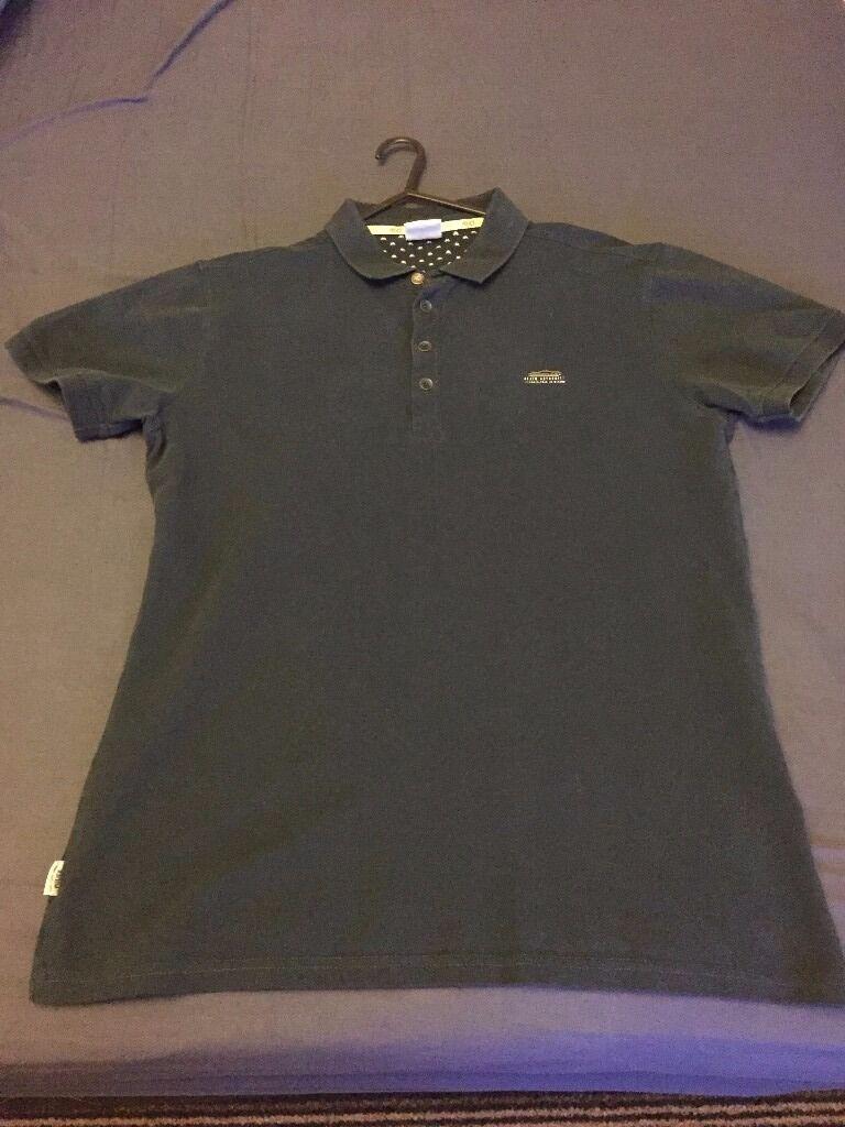 Mens designer 883 Police polo shirt Size 3 (Med mens)