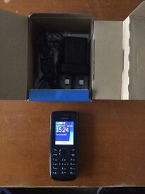 Nokia 109 - comes with box and charger - unlocked excellent condition
