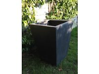 Good condition large plant pot ideal for terrace or garden