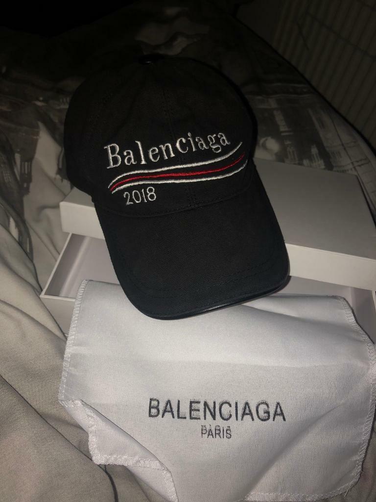 35138c4d616 Balenciaga Cap