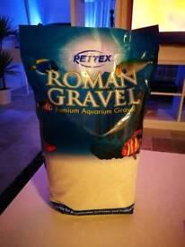 2 x 8kg bags of white aquarium sand