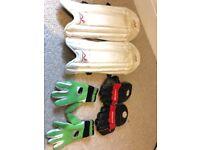 Kids cricket wicket keeper kit