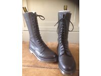 DrMartens *BRAND NEW* 14-Hole Boots SIZE UK 8