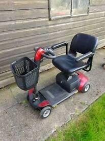 Go go elite traveler lx mobility scooter